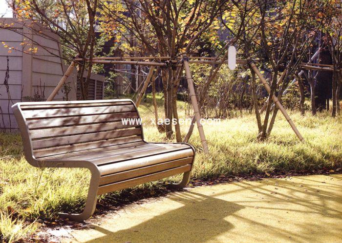 铁质公园椅