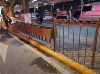 天水街道金属钢板花箱隔离护栏